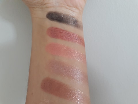 NYX-I-Love-You-So-Mochi-Sleek-and-chic-fards-du-bas