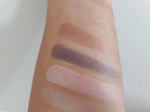 NYX-I-Love-You-So-Mochi-Sleek-and-chic-fards-du-haut
