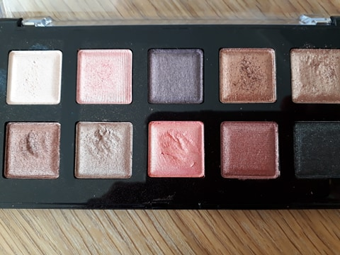 NYX-I-Love-You-So-Mochi-Sleek-and-chic-palette