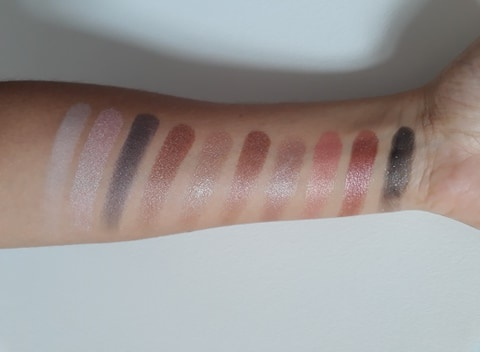 NYX-I-Love-You-So-Mochi-Sleek-and-chic-swatches