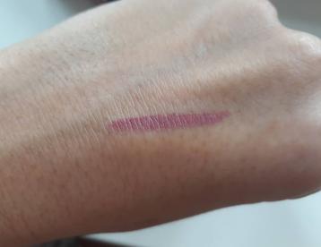 urban-decay-vice-lipstick-comfort-matte-backtalk2