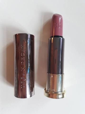 urban-decay-vice-lipstick-comfort-matte-backtalk3