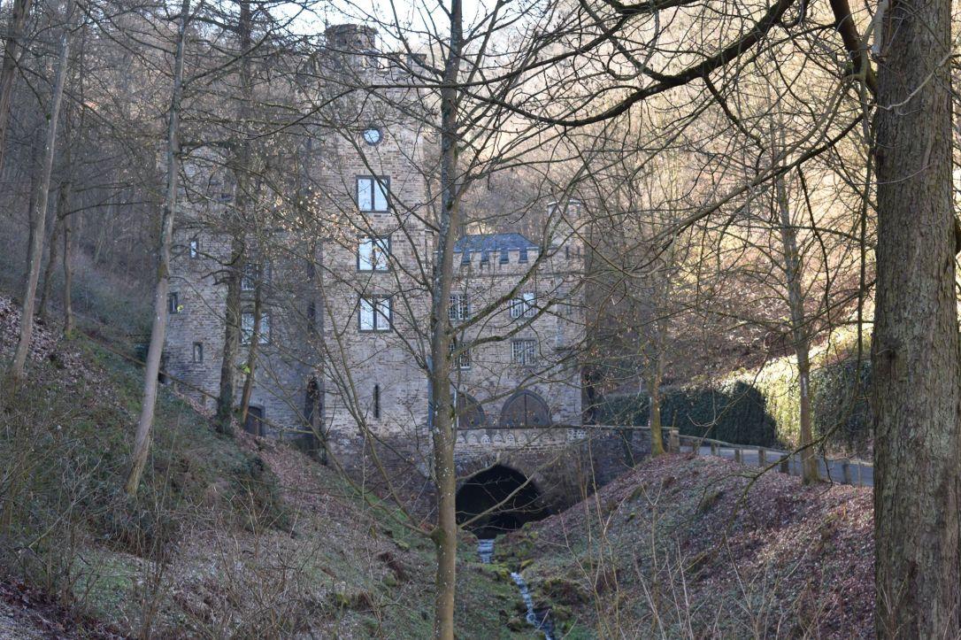 coblence-château-de-Stolzenfels