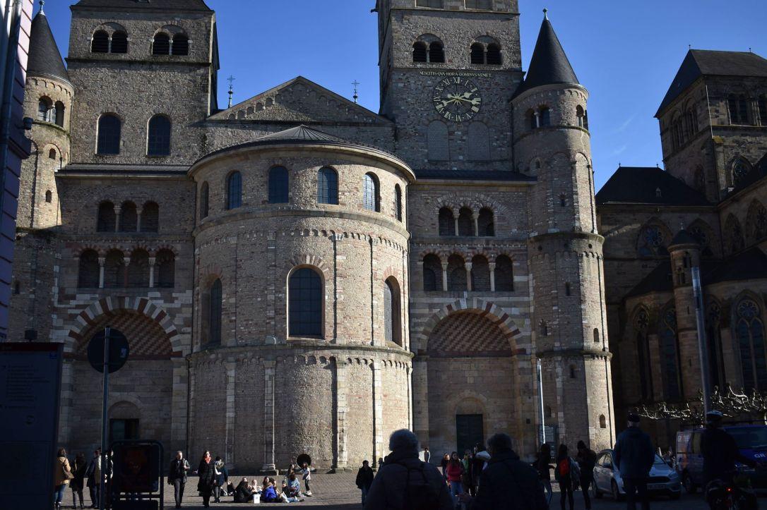 trèves-cathédrale-saint-pierre.jpg