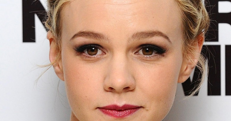 13/10/2010 Carey Mulligan arriving for the European premiere of Never Let Me Go at the Odeon Leicester Square, London. See PA Feature SHOWBIZ Insider. Picture credit should read: Ian West/PA Photos. WARNING: This picture must only be used to accompany PA Feature SHOWBIZ Insider.